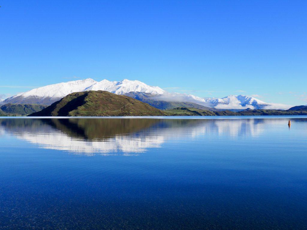 Strahlender Sonnenschein am Lake Wanaka.